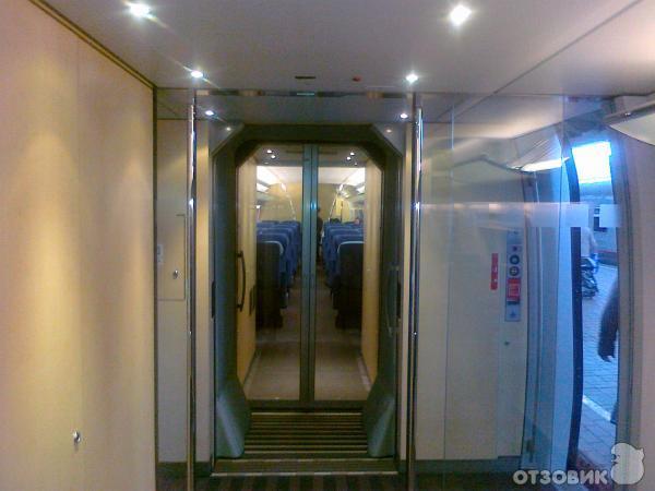 """Отзыв: Высокоскоростной поезд  """"Сапсан """" - Комфортабельный, современный поезд с дорогим обслуживанием и неполной..."""